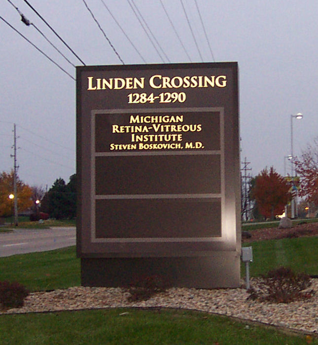 Linden Crossing Sign